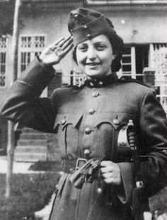 Hannah Szenes Heroes of World War II worldwartwo.filminspector.com